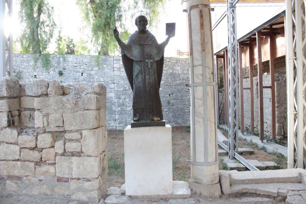 Aziz Nikolaos'un izinde yolculuk