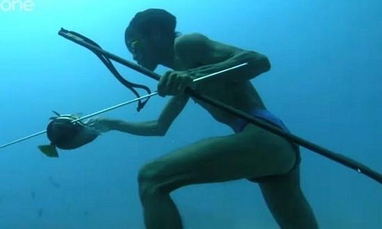 Denizle-ici-ice-yasayanlar-denizde-yasayan-insanlar-bajau-filipinler-16