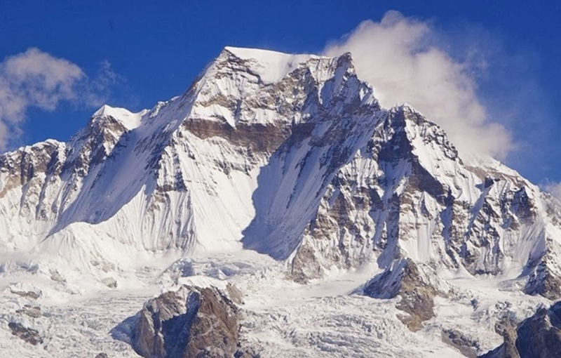 Gyachung-Kang-15-Highest-Peaks-in-the-World