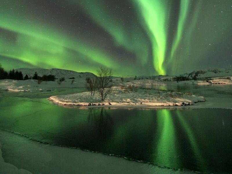 aurora-borealis-izlanda