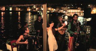 Barcelona Gipsy Balkan Orchestra – Amari Szi Amari