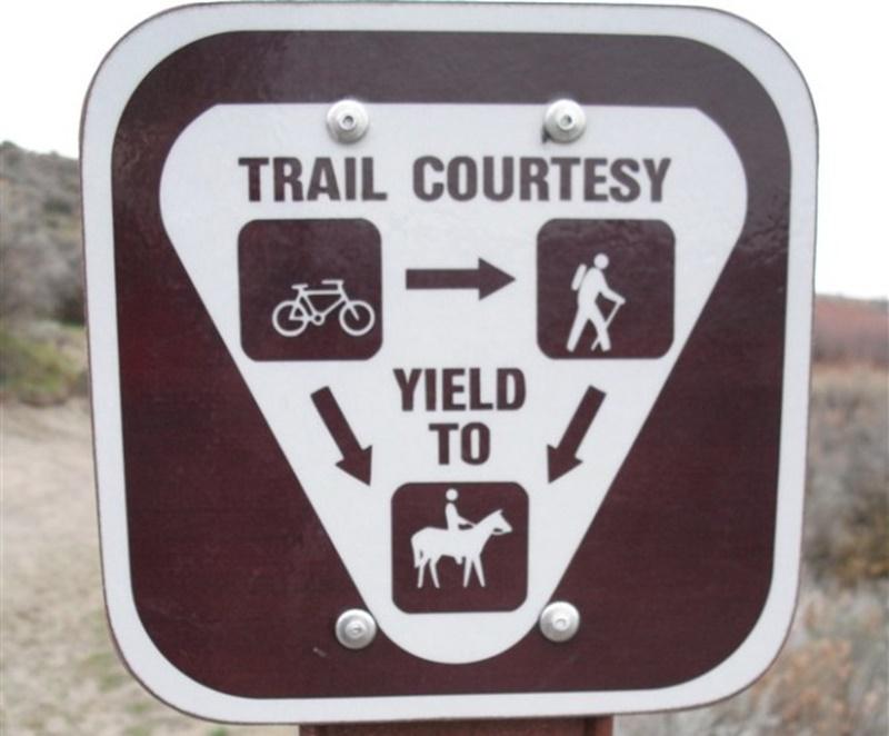 trail-etiquette-684-x-675